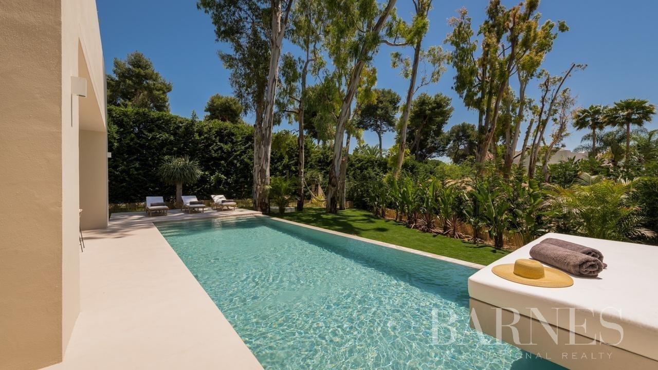Marbella  - Villa 18 Cuartos 5 Habitaciones - picture 5