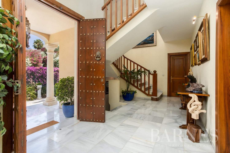 Marbella  - Villa 8 Cuartos 7 Habitaciones - picture 2