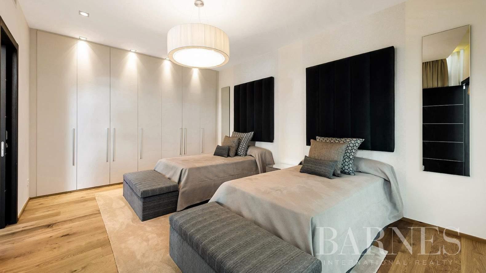 Marbella  - Villa 15 Cuartos 4 Habitaciones - picture 16