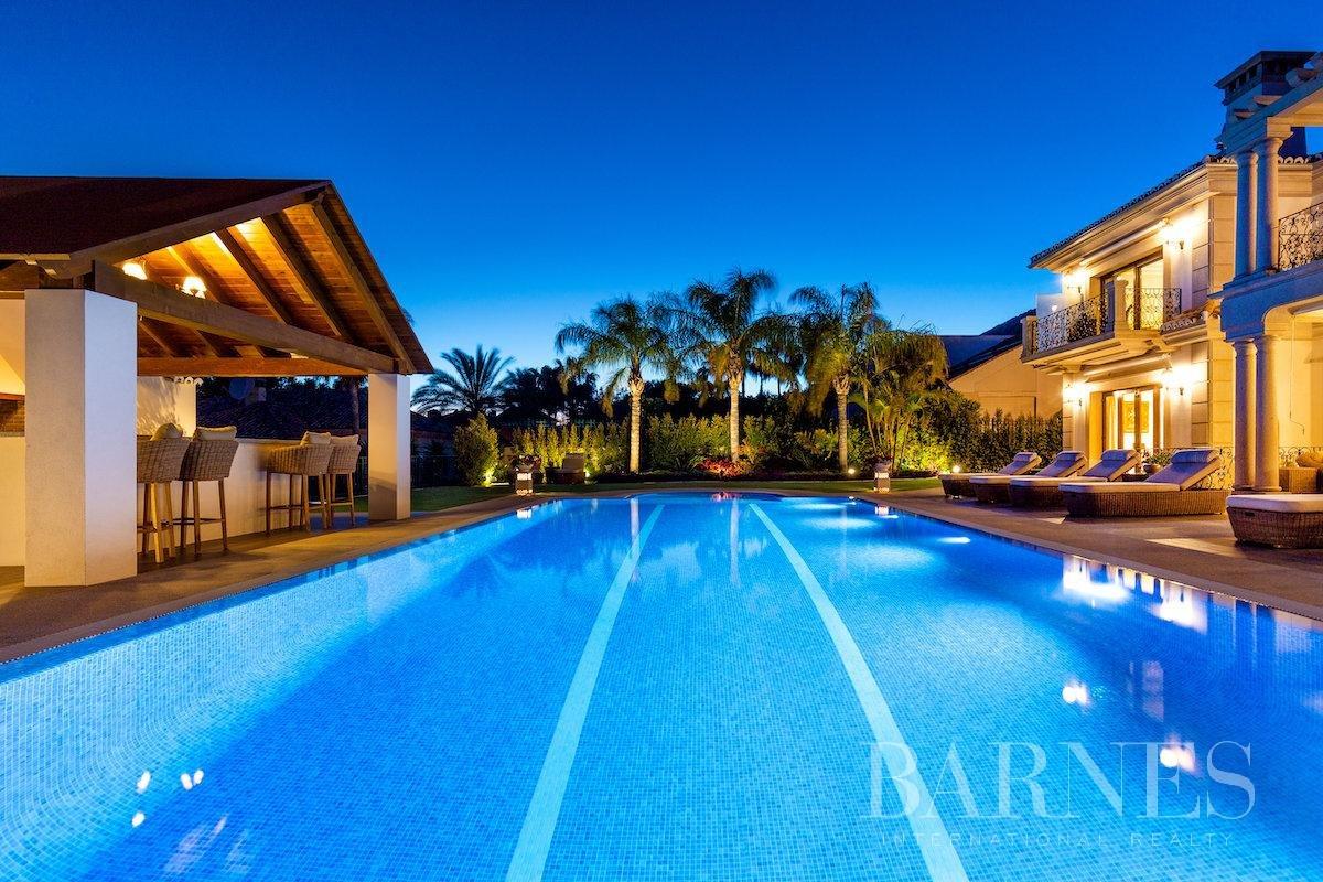 Marbella  - Villa 25 Cuartos 8 Habitaciones - picture 5