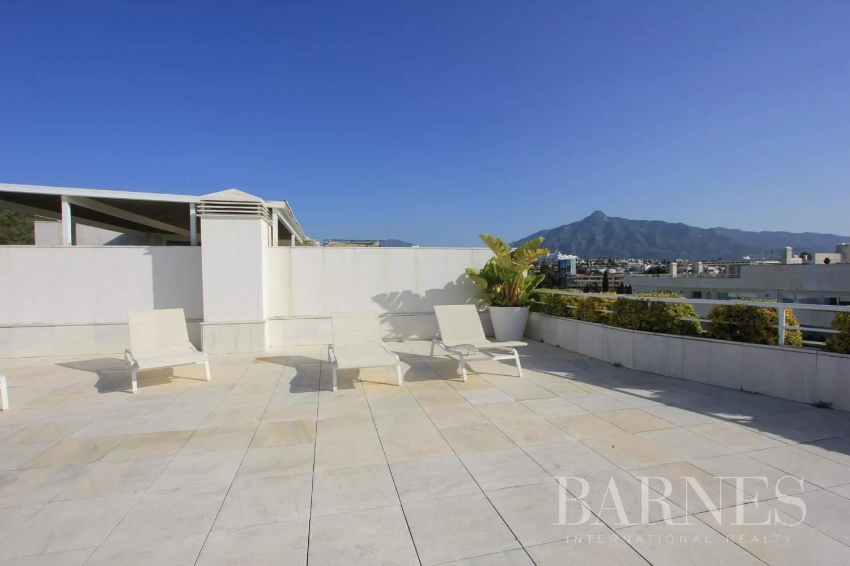Marbella  - Ático 20 Cuartos 4 Habitaciones - picture 8