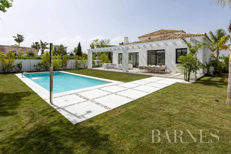 Guadalmina  - Villa 20 Cuartos 5 Habitaciones - picture 7