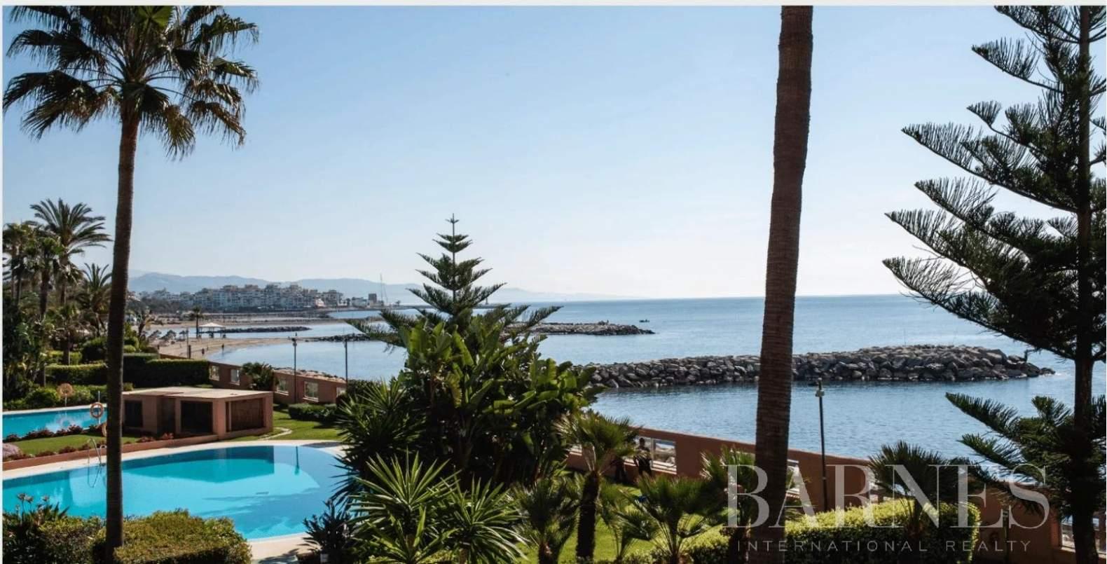 Marbella  - Piso 14 Cuartos 2 Habitaciones - picture 1