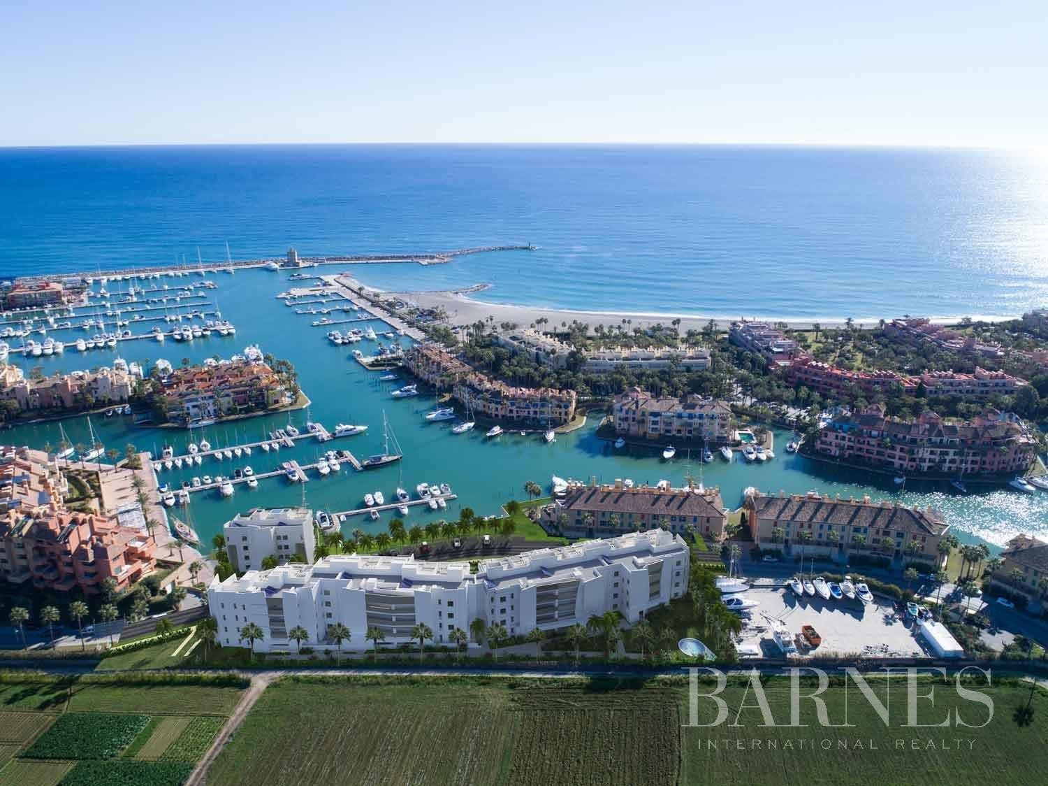 Sotogrande  - Penthouse 4 Bedrooms - picture 4
