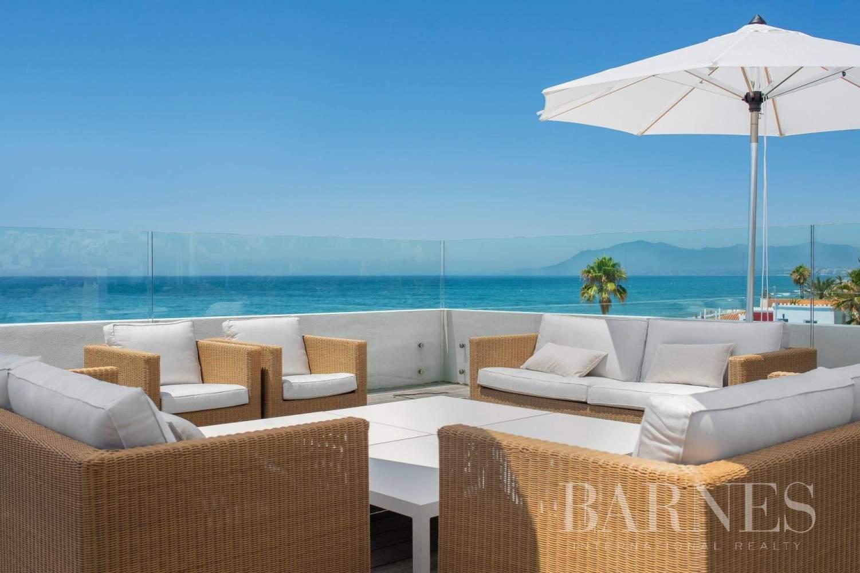 Las Chapas de Marbella  - Villa  6 Chambres - picture 8