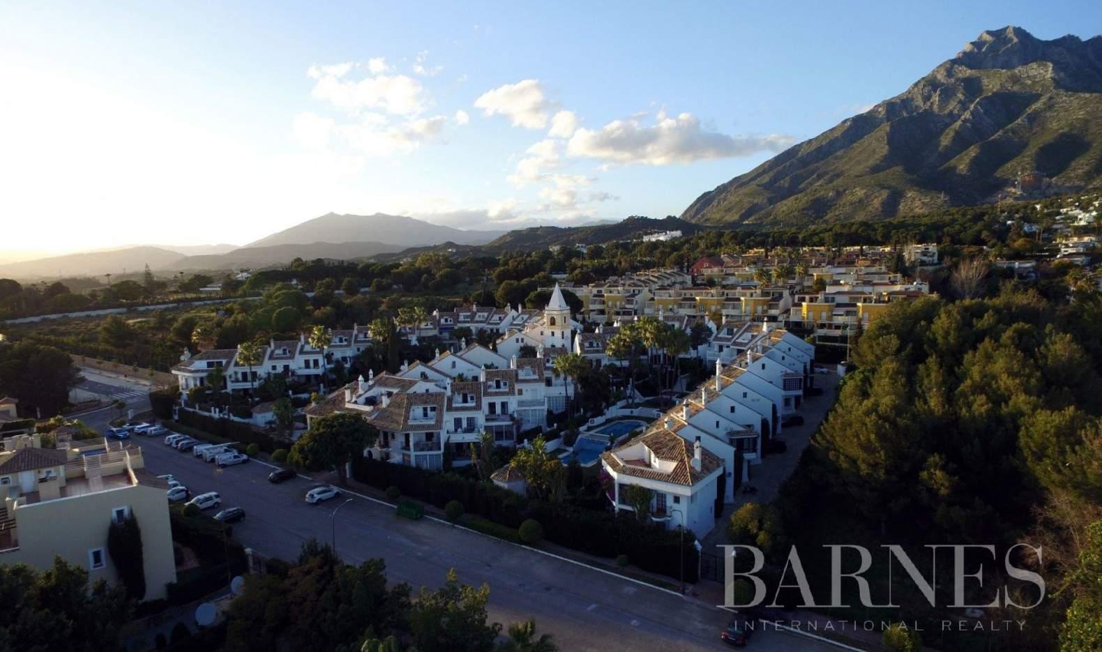 Marbella  - Piso 20 Cuartos 4 Habitaciones - picture 6