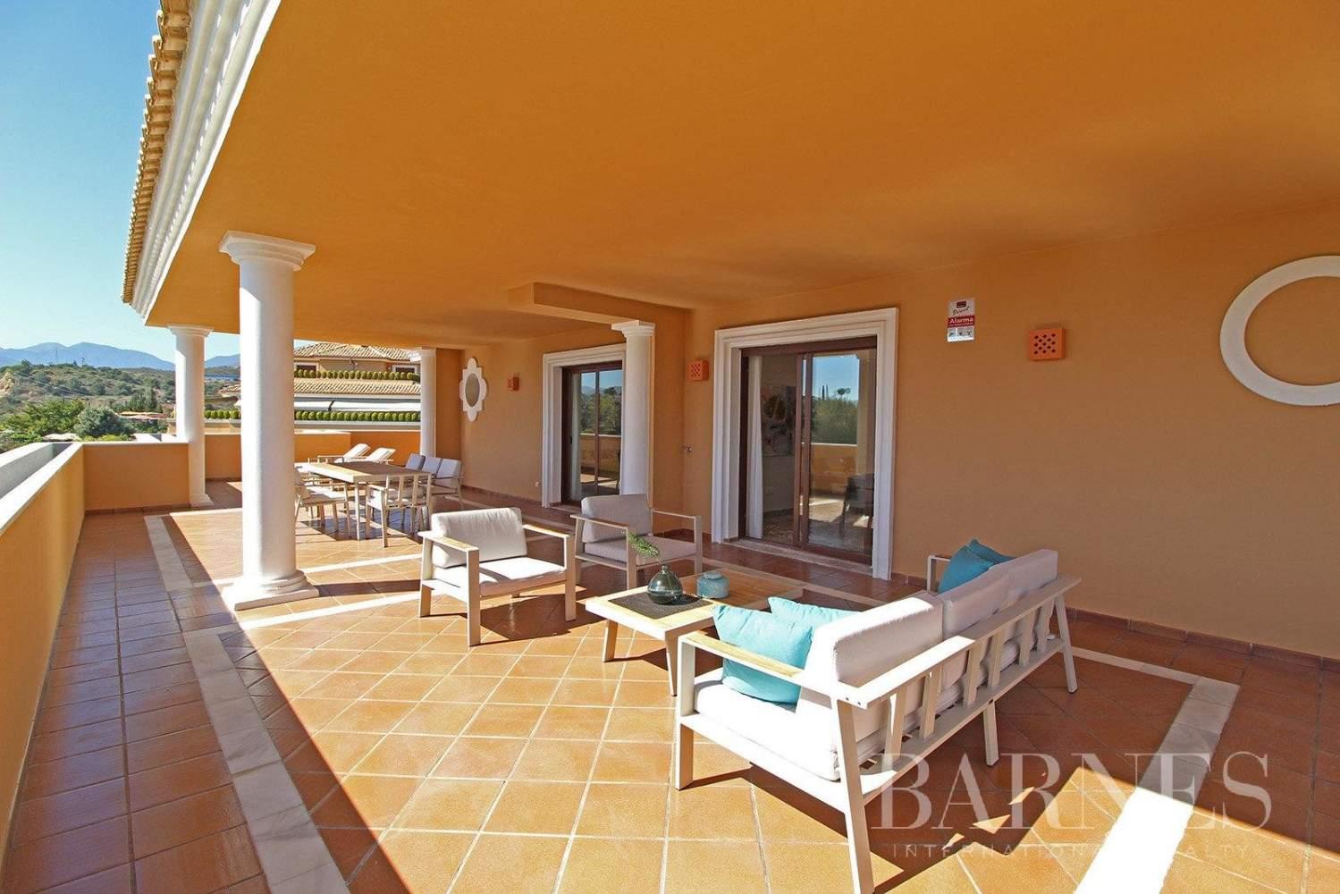 Marbella  - Ático 10 Cuartos 4 Habitaciones - picture 1