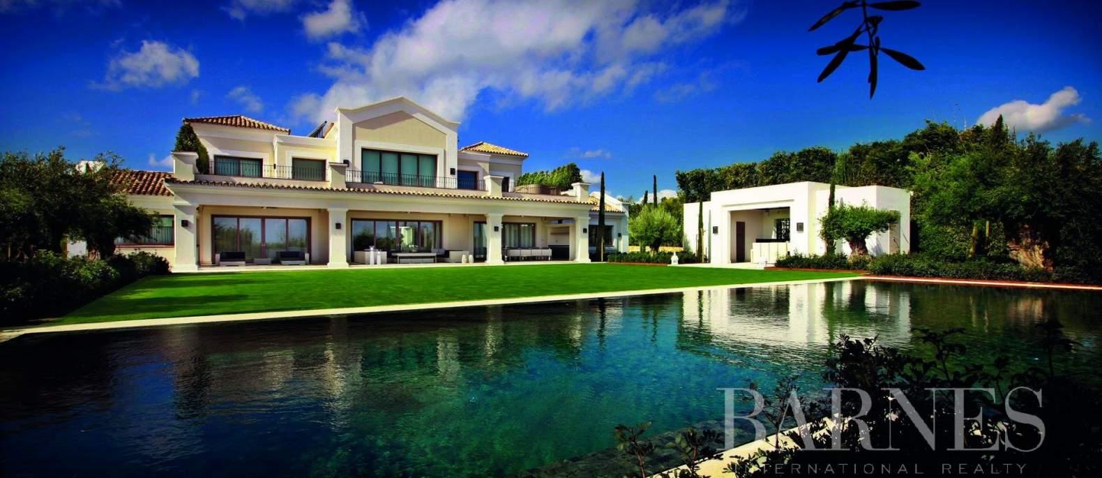 Sotogrande  - Villa  6 Habitaciones - picture 2
