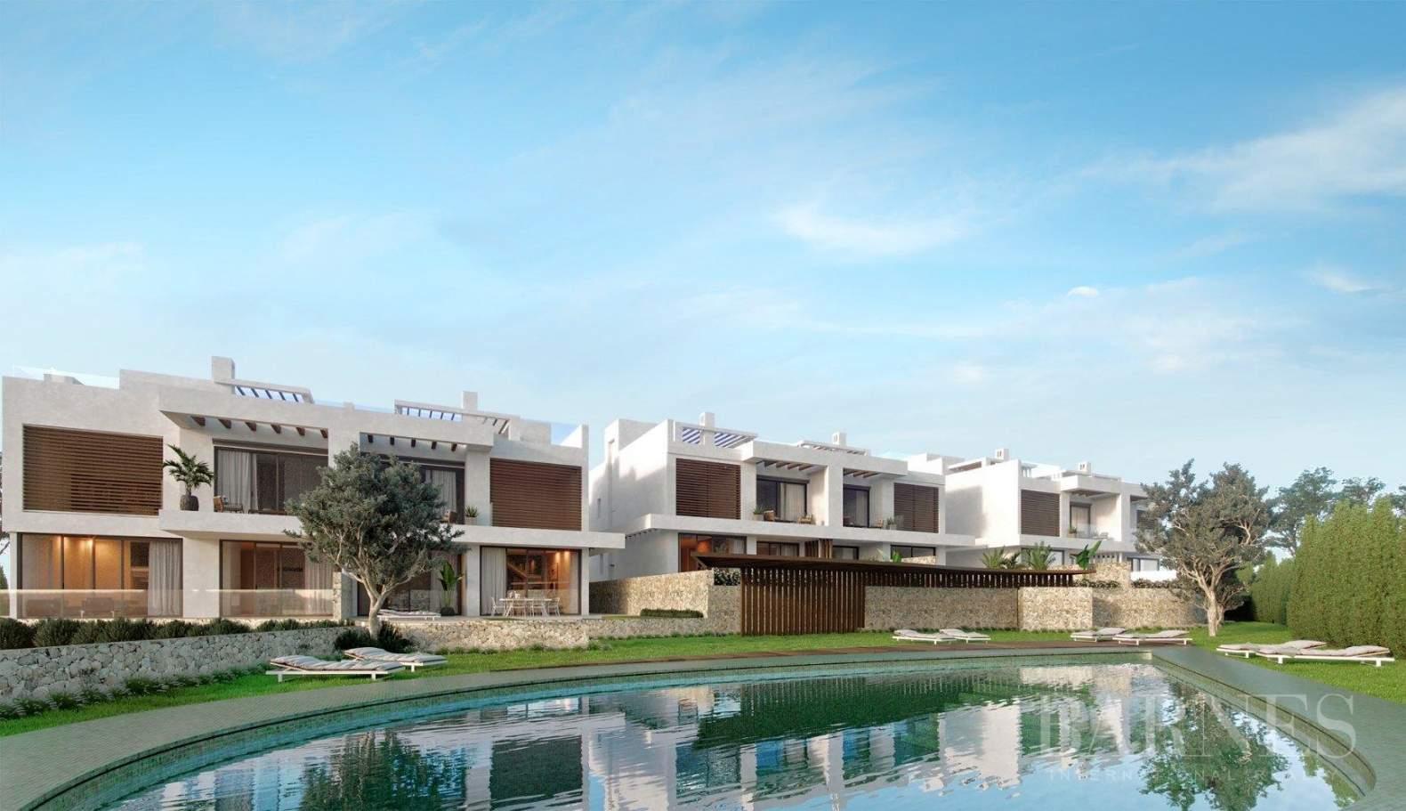 Marbella  - Villa 5 Cuartos 4 Habitaciones - picture 2