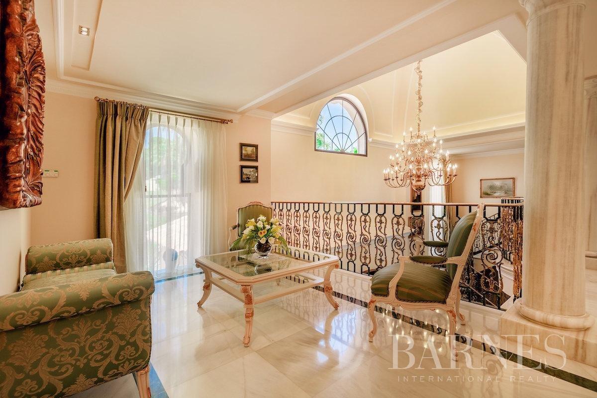 Marbella  - Villa 25 Cuartos 8 Habitaciones - picture 17