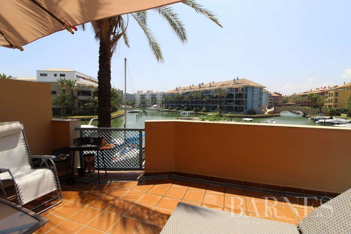Sotogrande  - Apartment 2 Bedrooms - picture 1