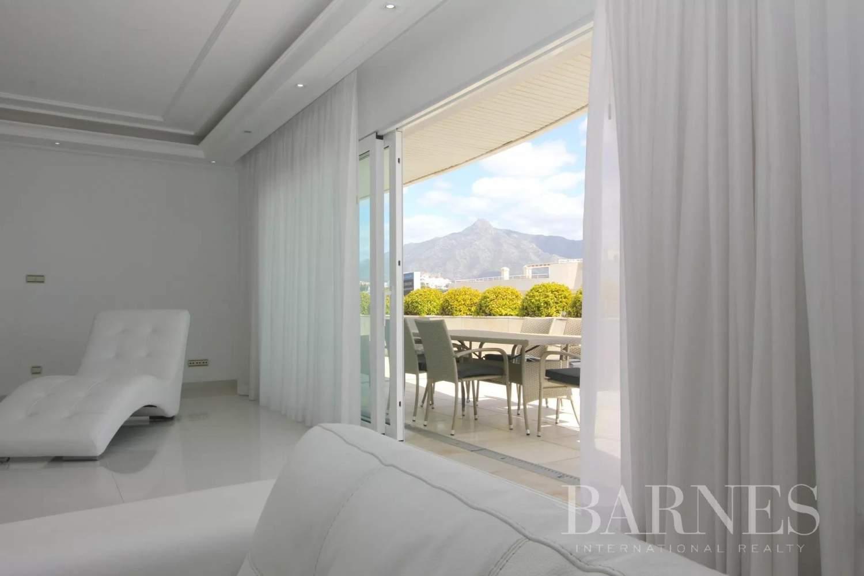 Marbella  - Ático 20 Cuartos 4 Habitaciones - picture 13