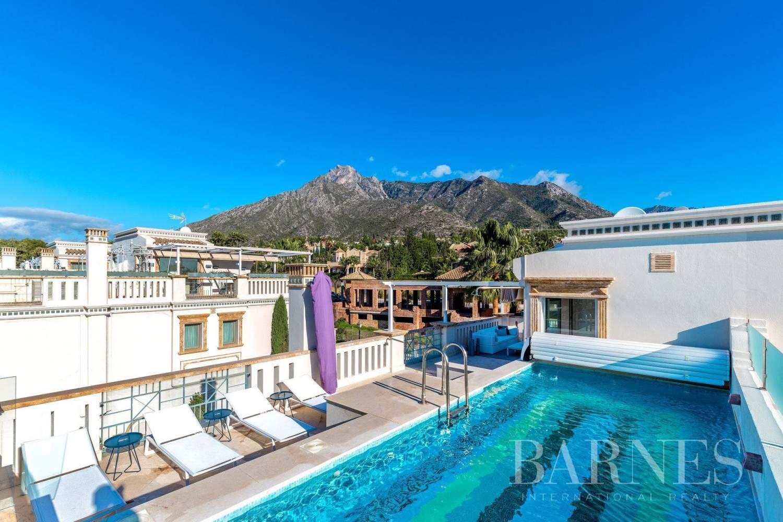 Marbella  - Casa adosada 15 Cuartos 5 Habitaciones - picture 4