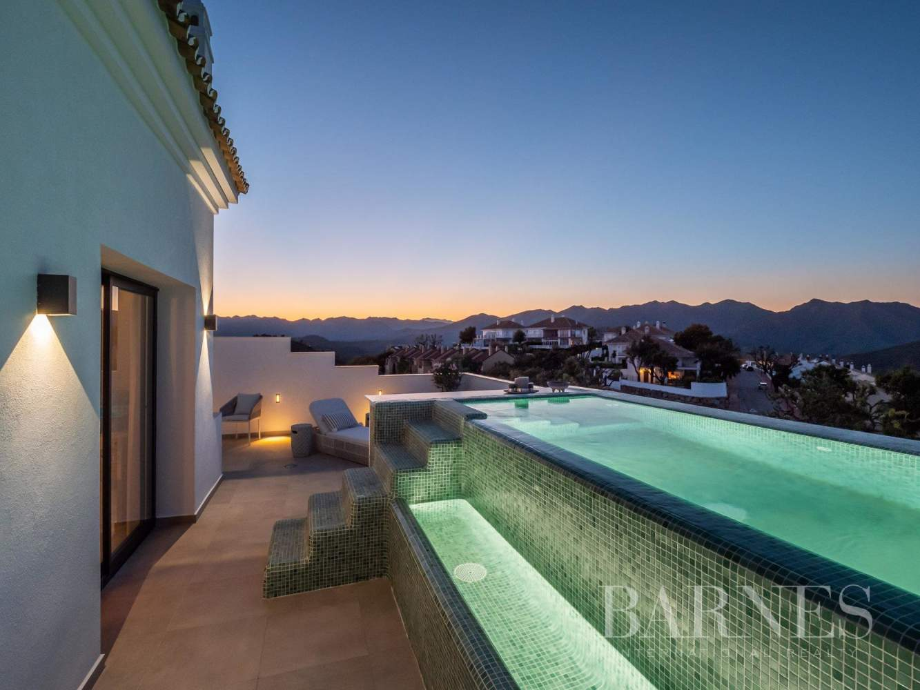 Elviria Hills  - Casa 10 Cuartos 3 Habitaciones - picture 11