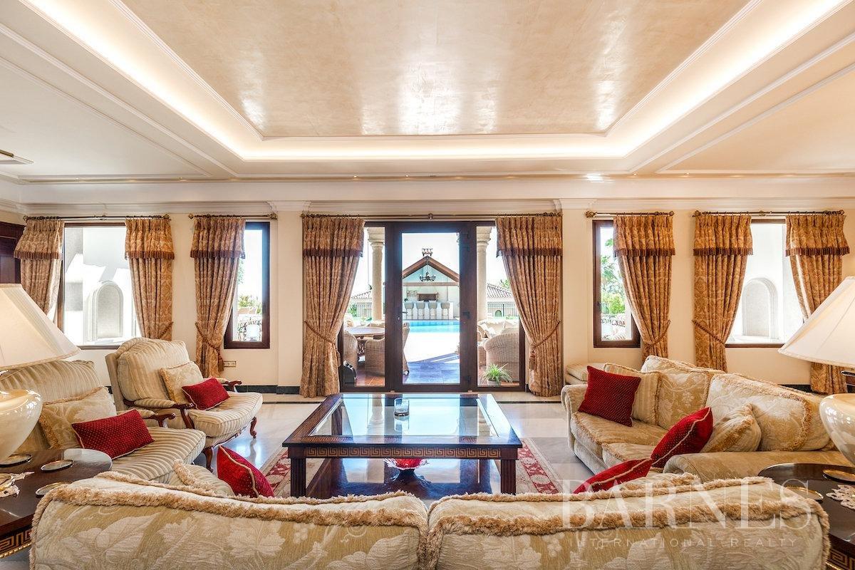 Marbella  - Villa 25 Cuartos 8 Habitaciones - picture 13
