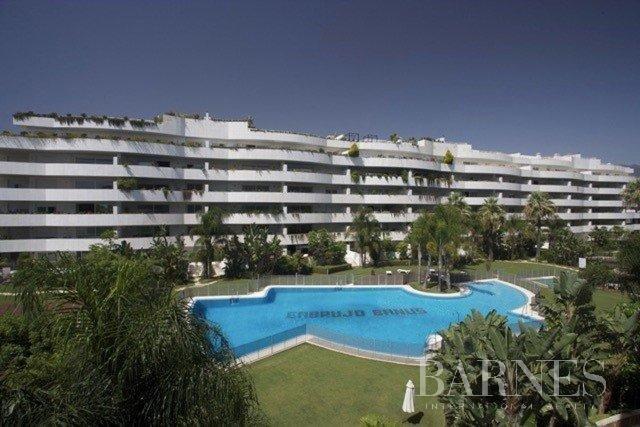 Nueva Andalucia  - Ático 14 Cuartos 4 Habitaciones - picture 3