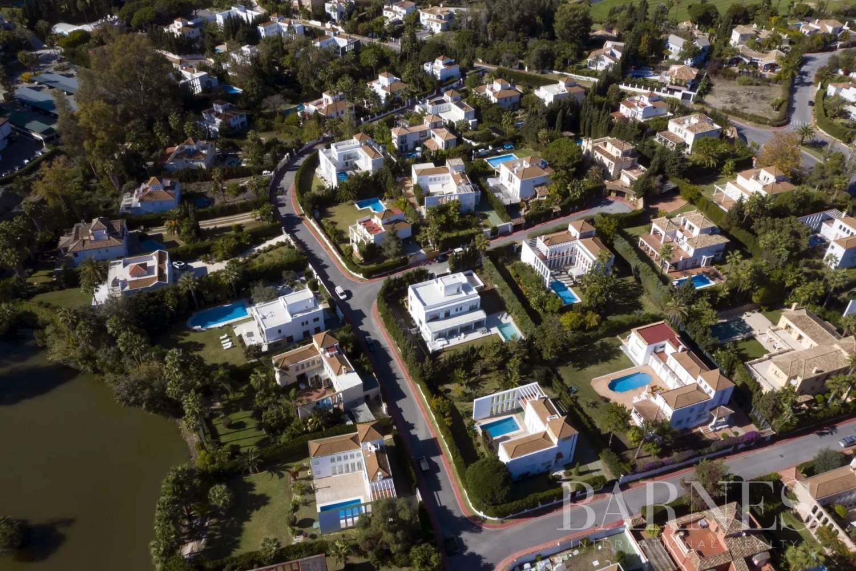 Nueva Andalucia  - Villa 20 Pièces 5 Chambres - picture 8