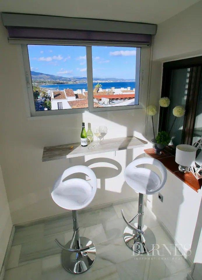 Marbella  - Apartment 2 Bedrooms - picture 14