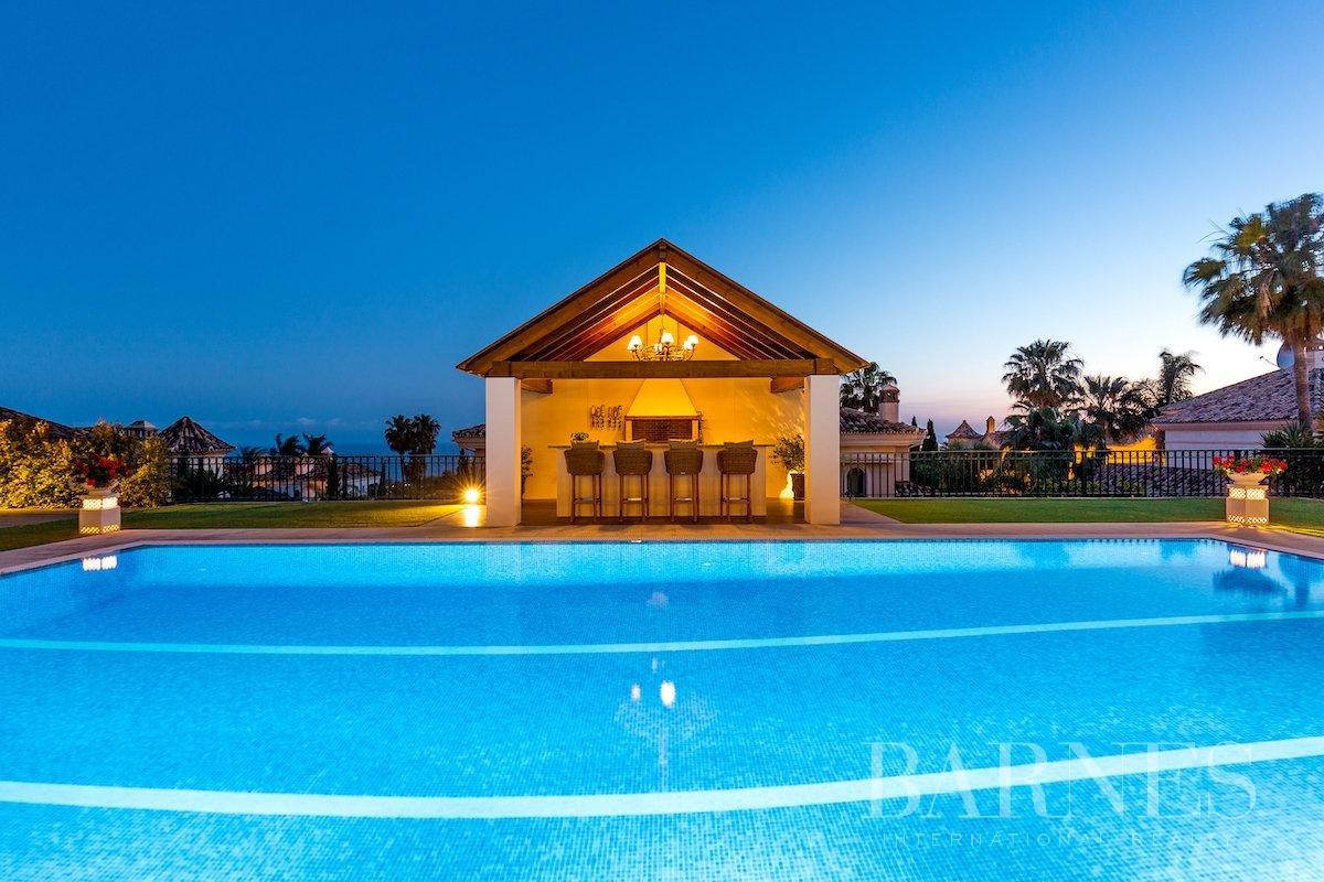 Marbella  - Villa 25 Cuartos 8 Habitaciones - picture 11
