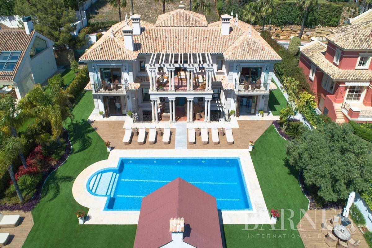 Marbella  - Villa 25 Cuartos 8 Habitaciones - picture 6