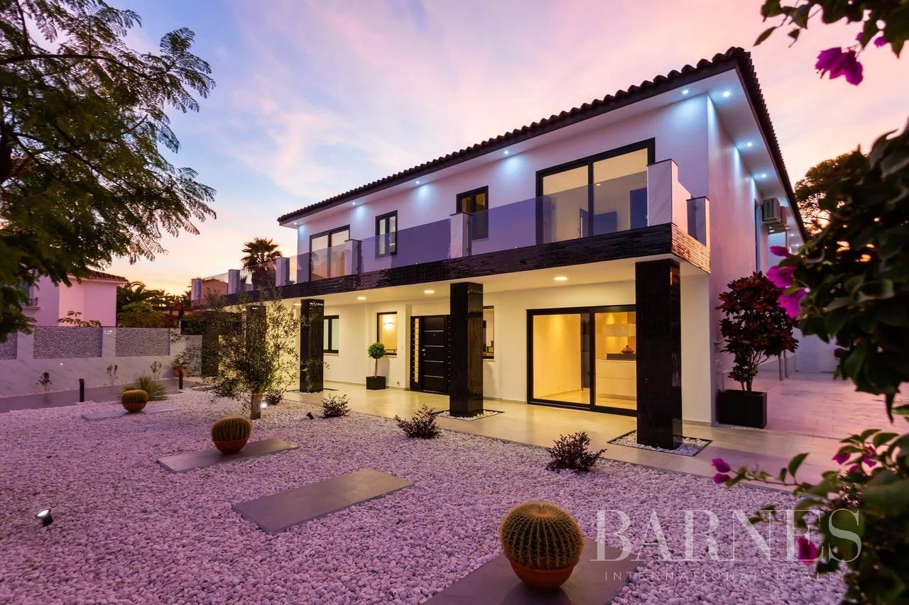 Elviria  - Villa 20 Cuartos 4 Habitaciones - picture 1