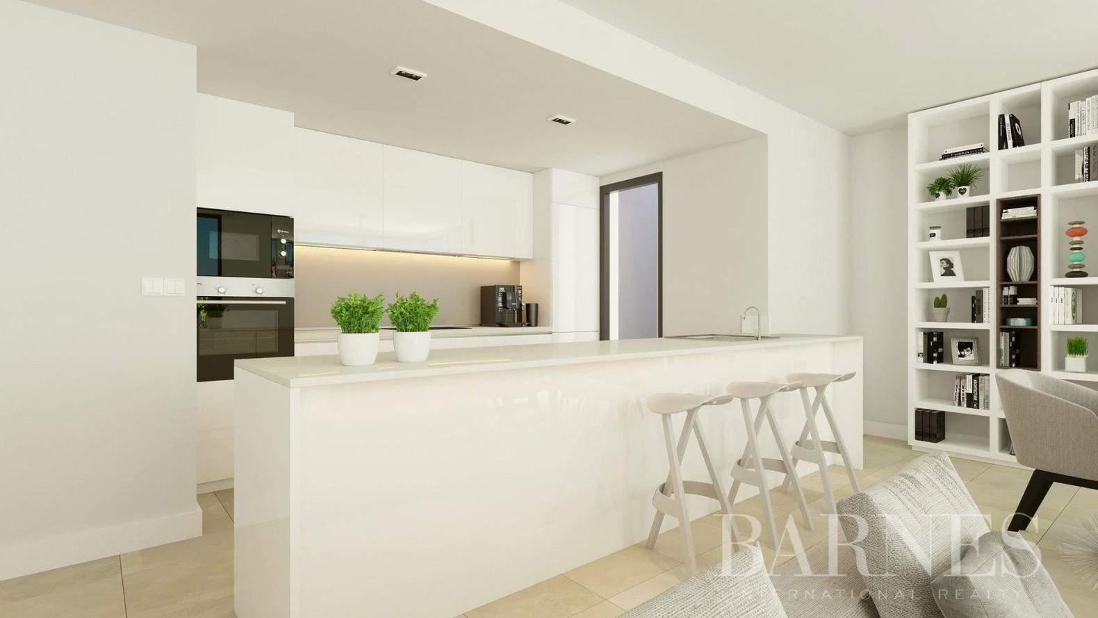 Estepona  - Apartment 2 Bedrooms - picture 6