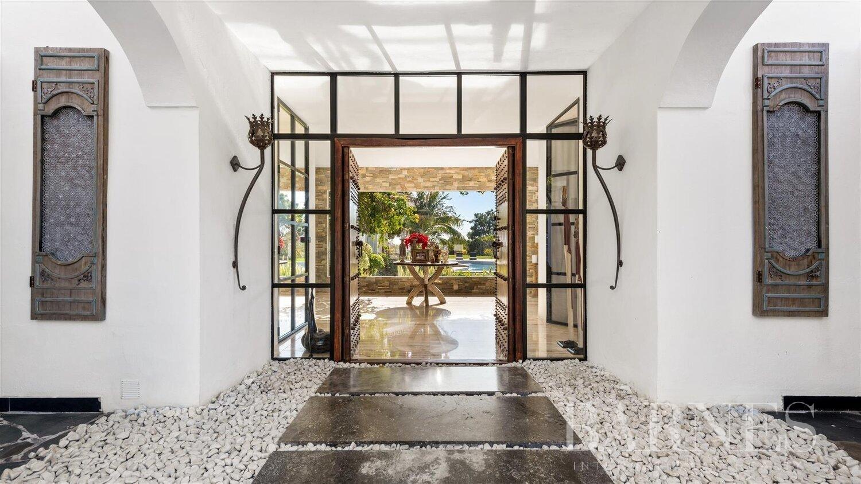 Benahavís  - Villa 10 Bedrooms - picture 1