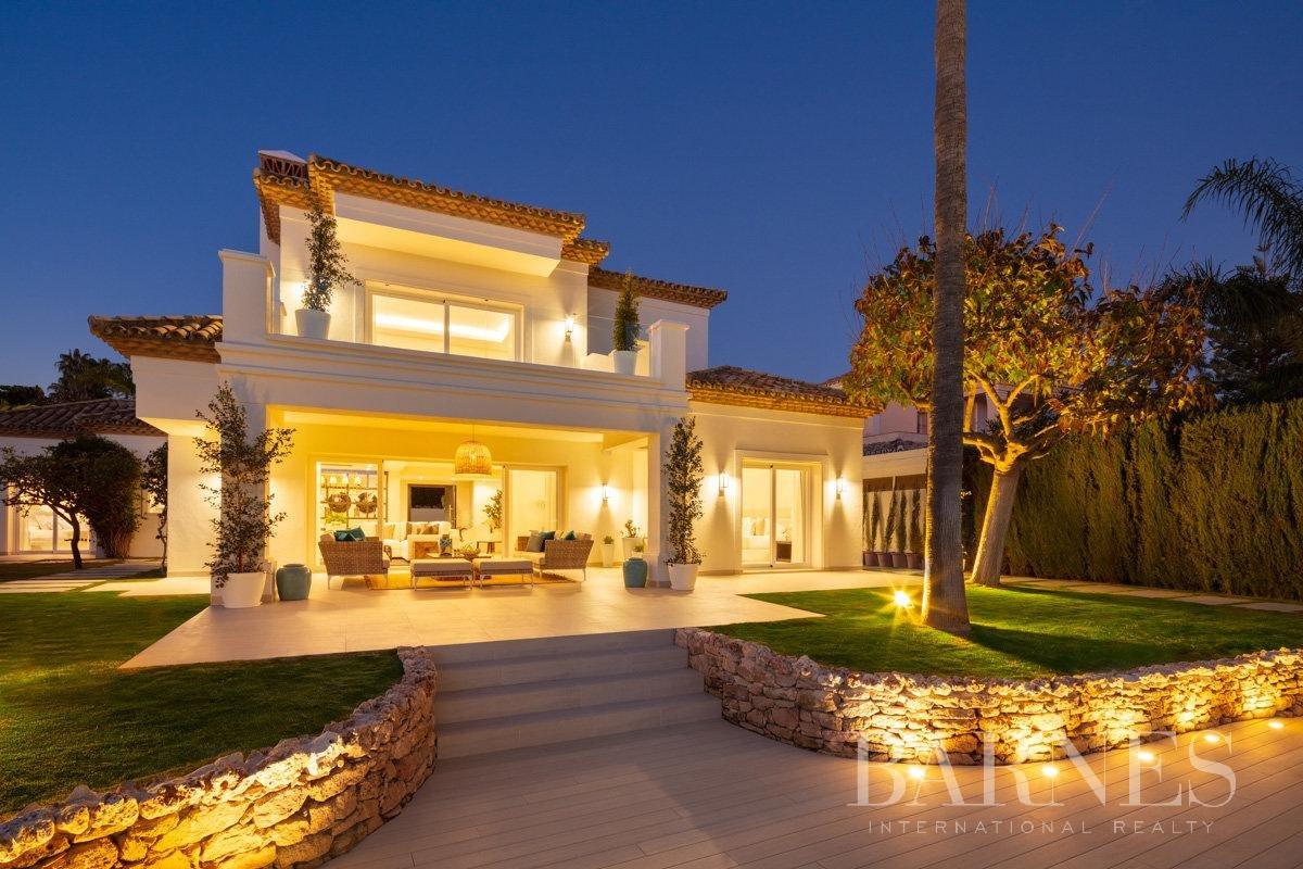 Nueva Andalucia  - Villa 17 Cuartos 4 Habitaciones - picture 5