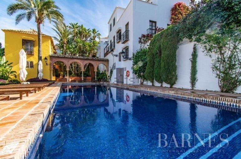 Marbella  - Casa 14 Cuartos 2 Habitaciones - picture 1