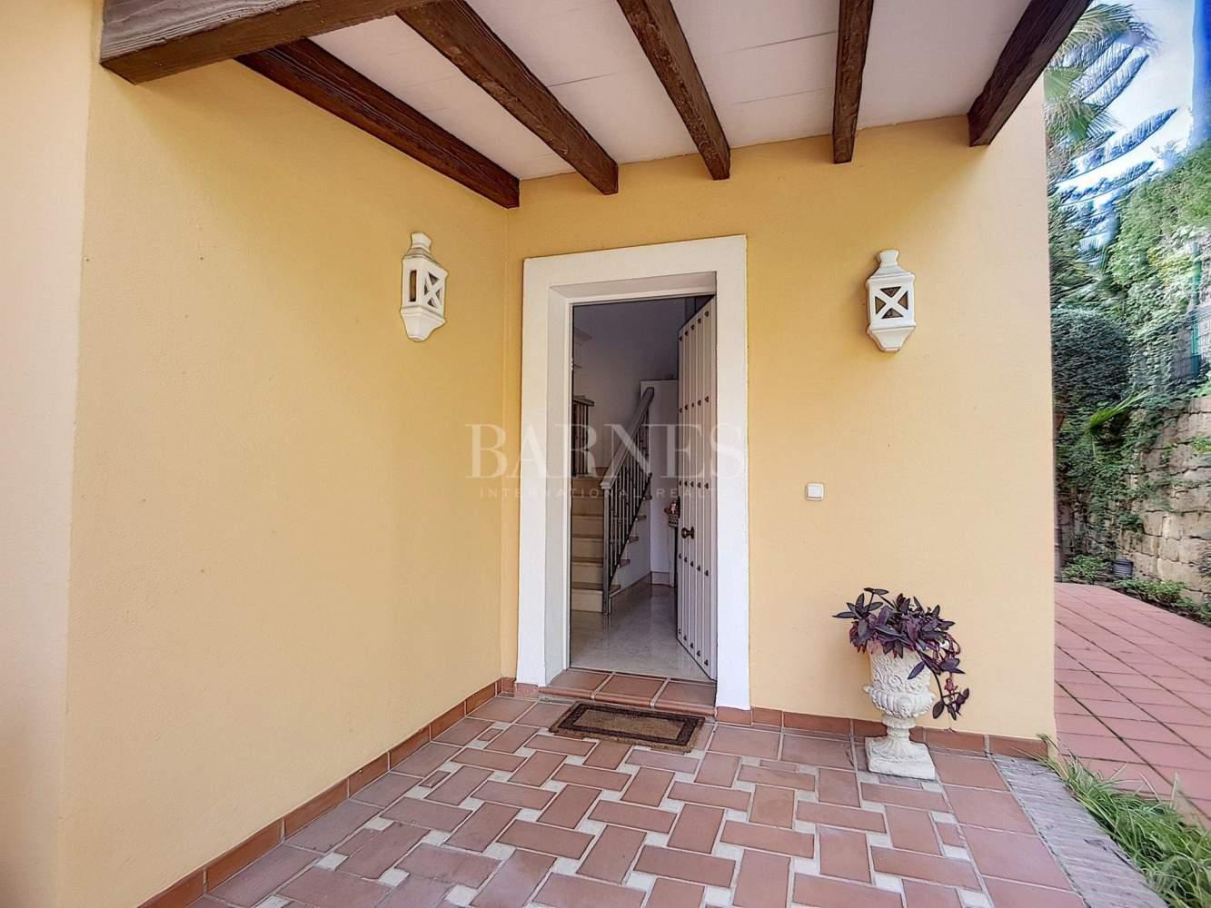 Marbella  - Villa 6 Cuartos 5 Habitaciones - picture 9