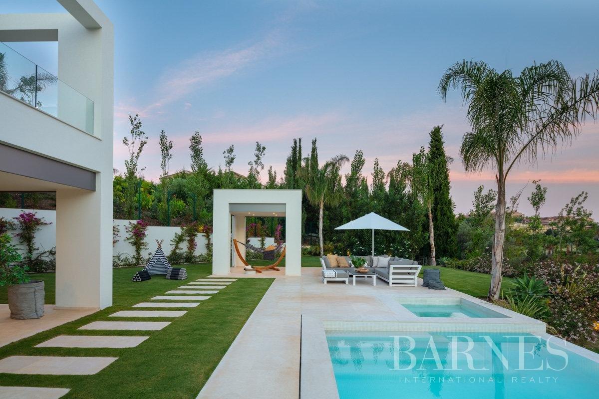 Nueva Andalucia  - Villa 6 Bedrooms - picture 3