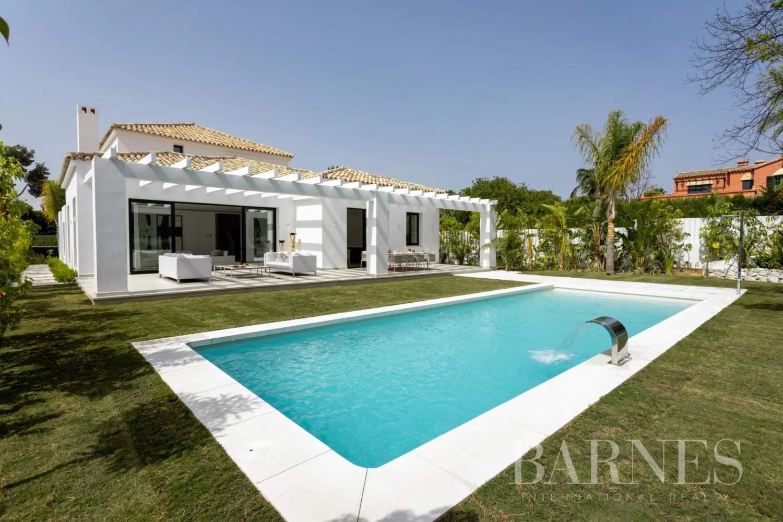 Guadalmina  - Villa 20 Cuartos 5 Habitaciones - picture 1