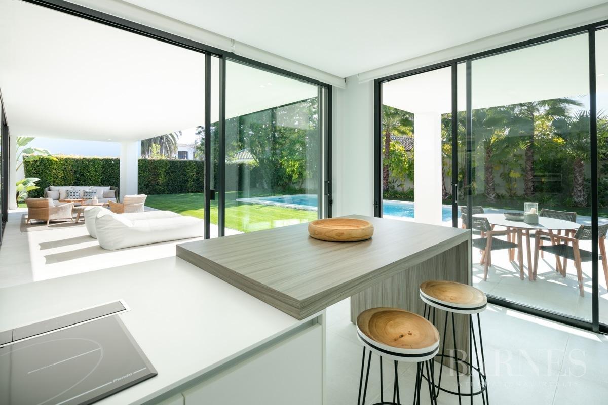Estepona  - Villa 5 Cuartos 4 Habitaciones - picture 16