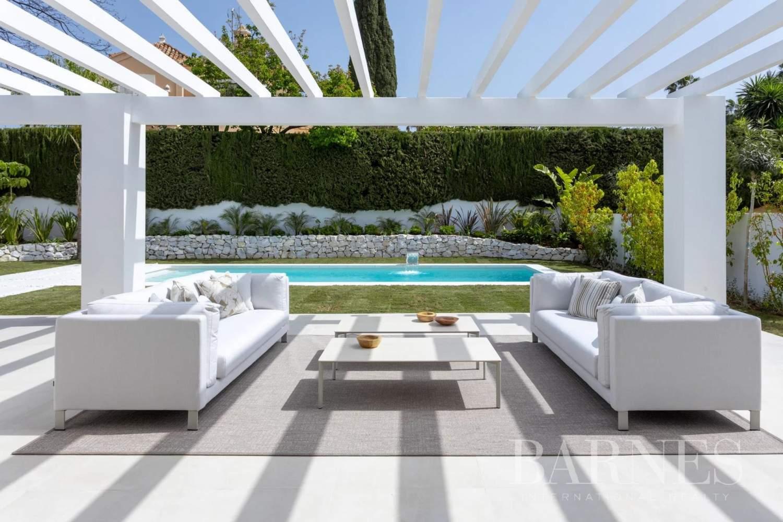 Guadalmina  - Villa 20 Cuartos 5 Habitaciones - picture 2
