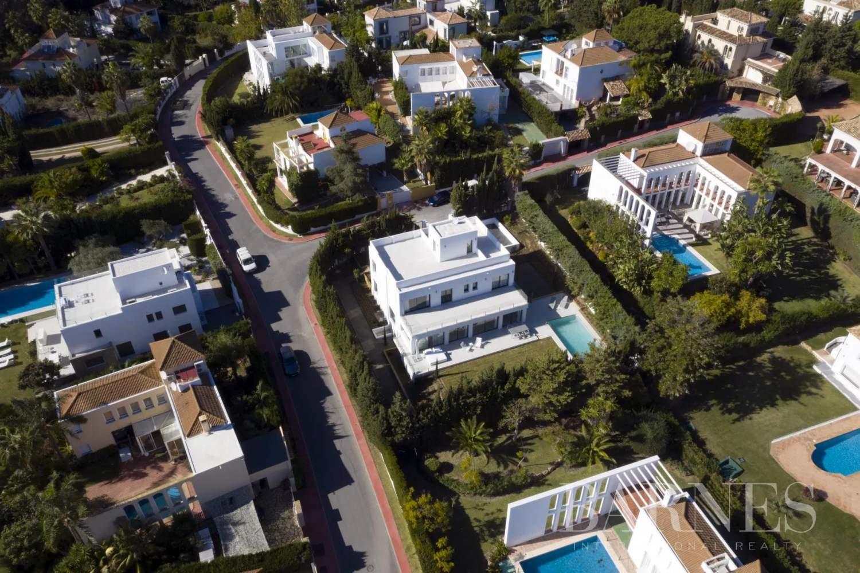 Nueva Andalucia  - Villa 20 Pièces 5 Chambres - picture 9