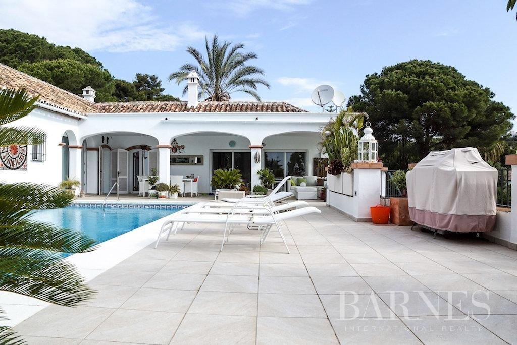 El Paraiso  - Villa 15 Cuartos 5 Habitaciones - picture 1