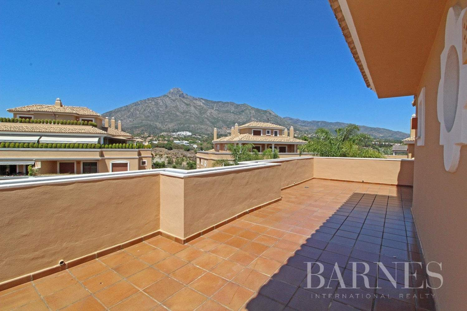 Marbella  - Ático 10 Cuartos 4 Habitaciones - picture 7