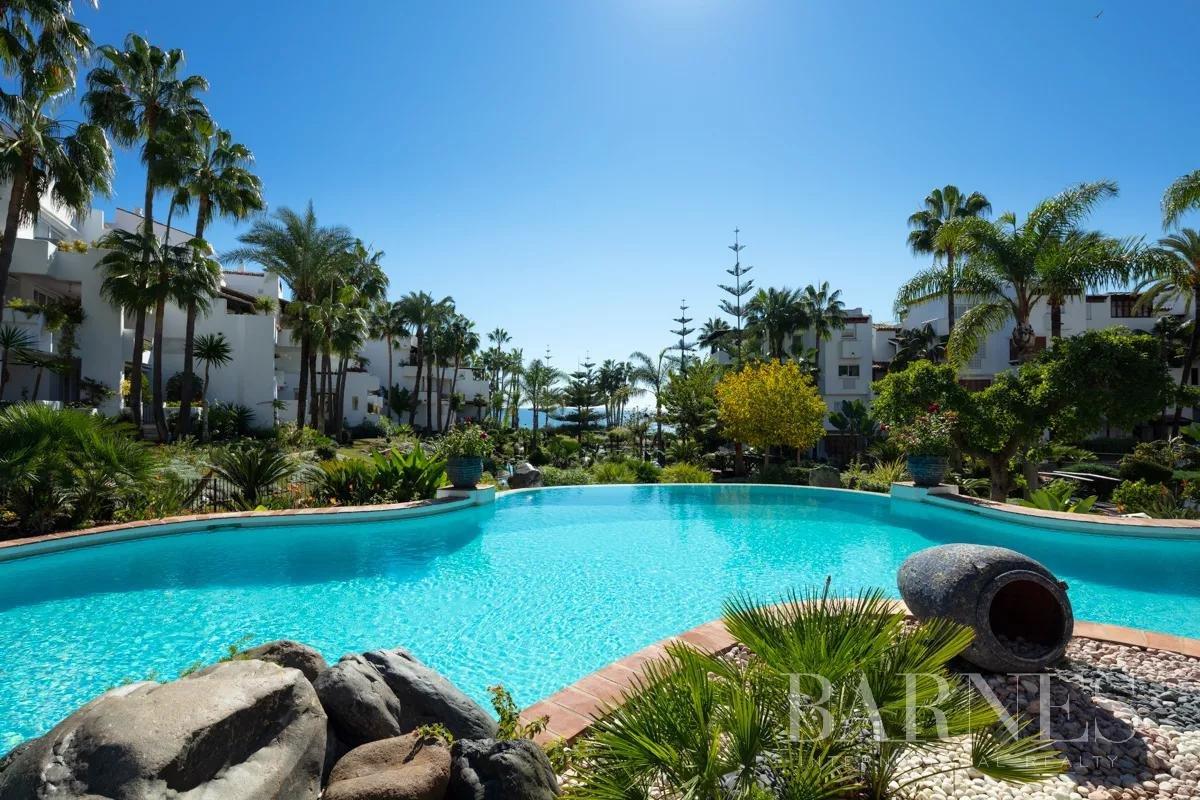 Marbella  - Piso 12 Cuartos 3 Habitaciones - picture 3