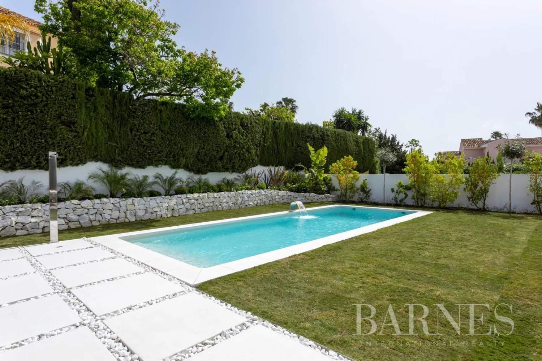 Guadalmina  - Villa 20 Cuartos 5 Habitaciones - picture 5
