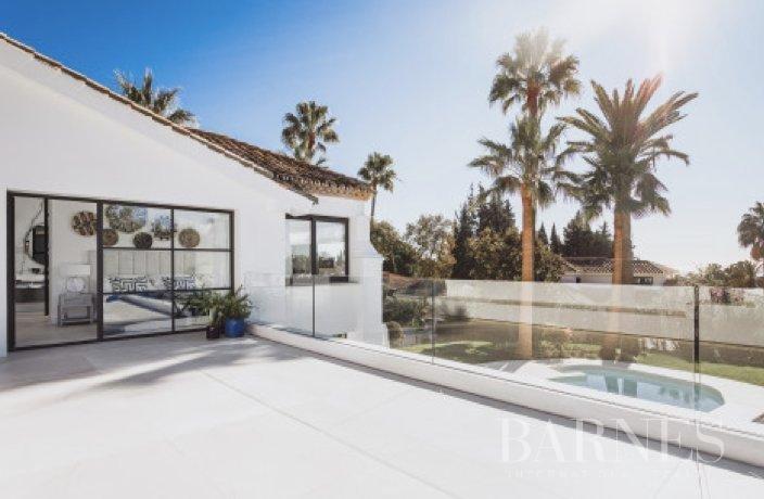 Marbella  - Villa 15 Cuartos 4 Habitaciones - picture 13
