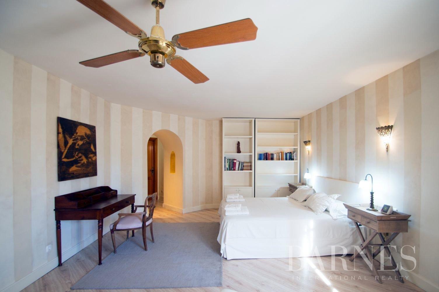 Estepona  - Villa 21 Cuartos 7 Habitaciones - picture 16