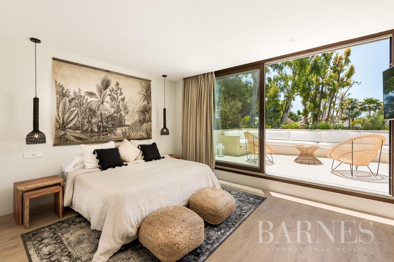 Marbella  - Villa 18 Cuartos 5 Habitaciones - picture 15
