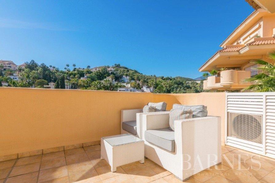 Nueva Andalucia  - Piso 12 Cuartos 2 Habitaciones - picture 9