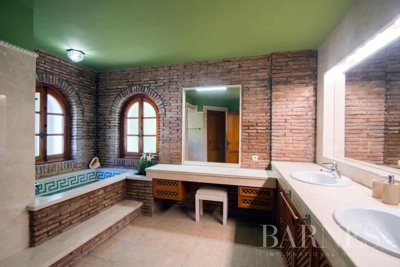 Estepona  - Villa 21 Cuartos 7 Habitaciones - picture 18
