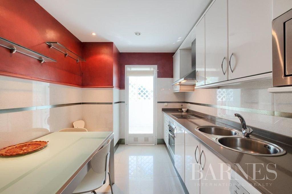 Marbella  - Piso 5 Cuartos 3 Habitaciones - picture 15