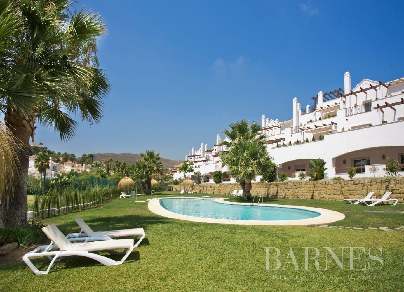 Marbella  - Piso 10 Cuartos 2 Habitaciones - picture 2