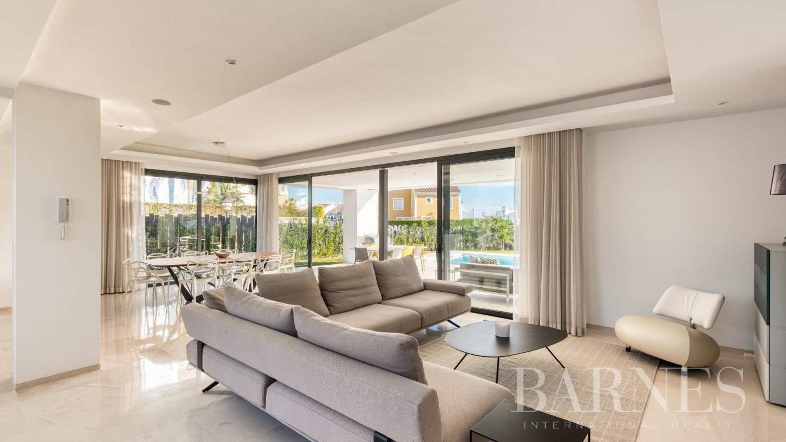 Estepona  - Villa  5 Habitaciones - picture 5