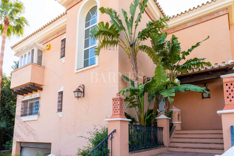 Nueva Andalucia  - Villa 15 Cuartos 4 Habitaciones - picture 13