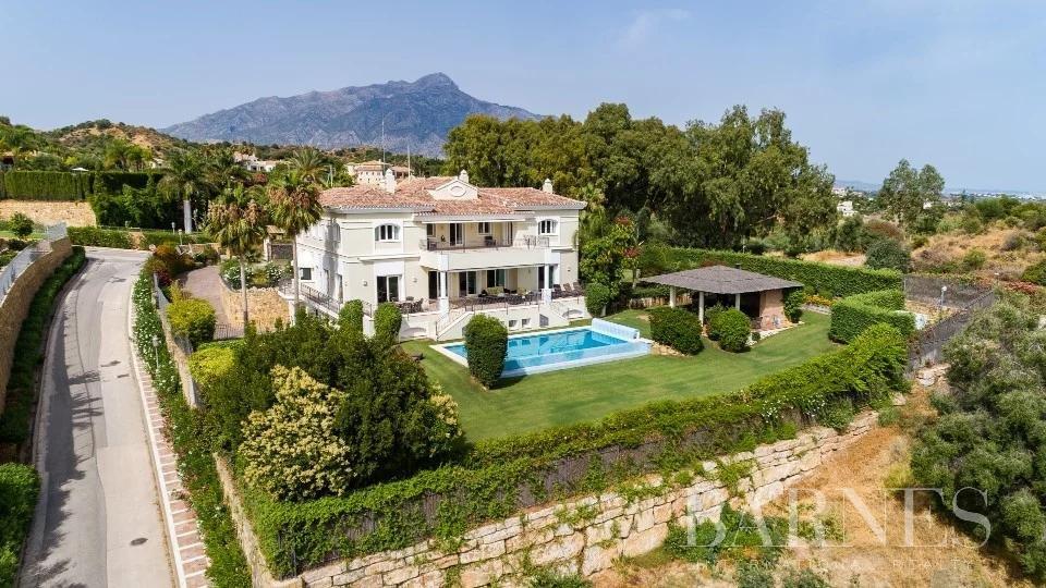 Nueva Andalucia  - Villa  5 Chambres - picture 1