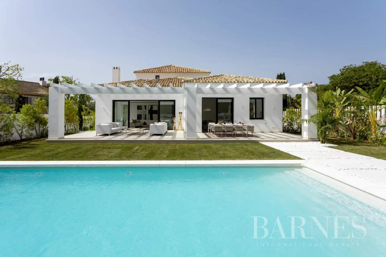 Guadalmina  - Villa 20 Cuartos 5 Habitaciones - picture 3
